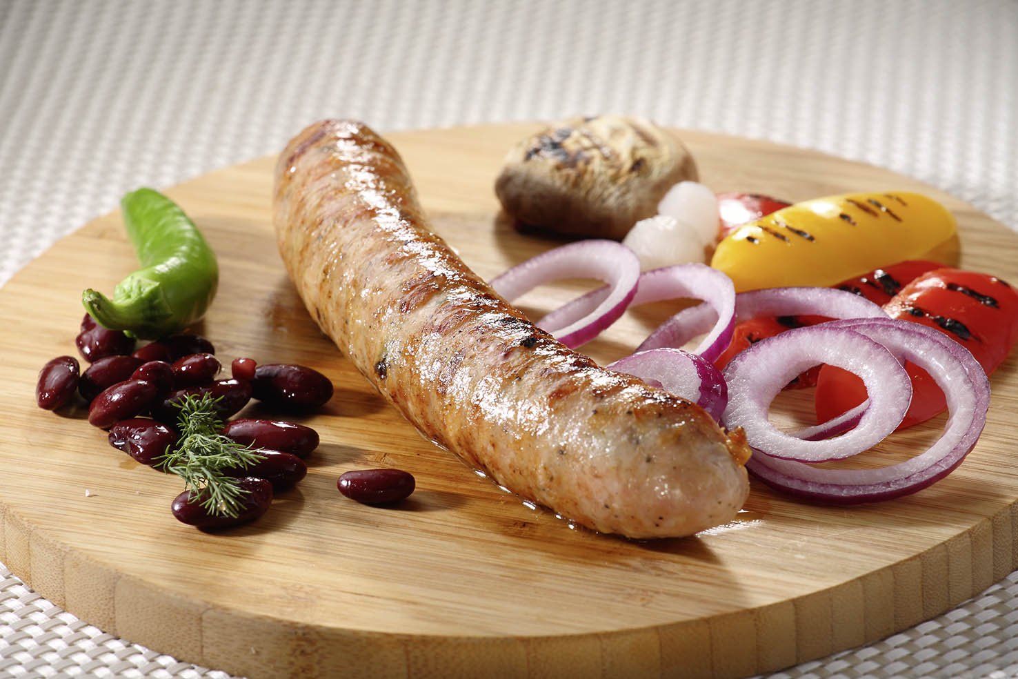 Grill chicken sausage with pistachio and Shiitake mushrooms 200g