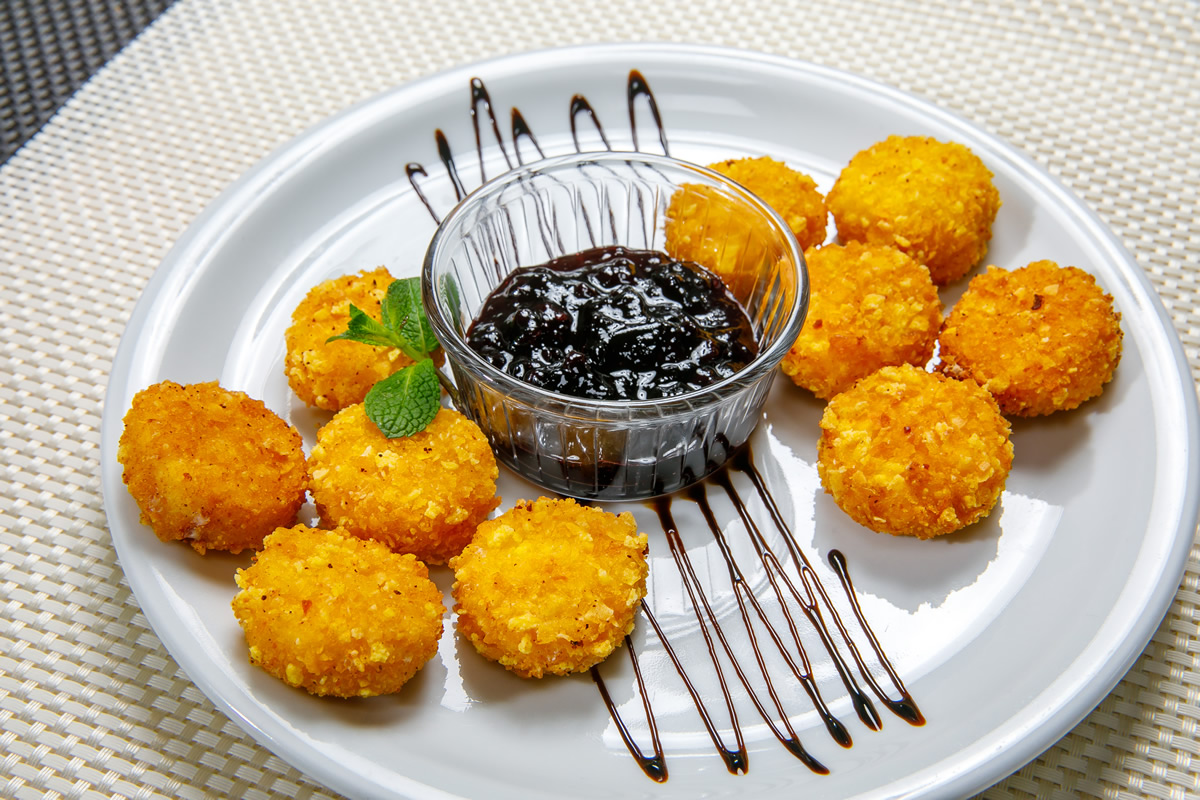 Cheese melt dippers with cornflakes breading